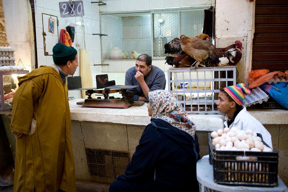 2. MAROKO, Fez. Codzienne życie mieszkańców starej medyny. (Fot. Jarek Noga)
