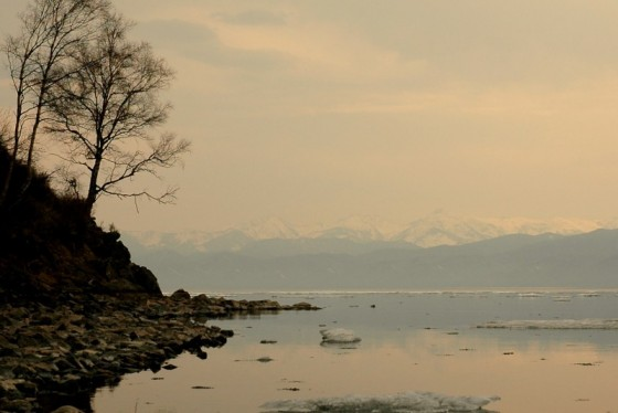 Masz wrażenie, że ogarniasz wzrokiem całe jezioro – a nieprawda, bo raptem jakieś 200km. (Fot. Jakub Rybicki)