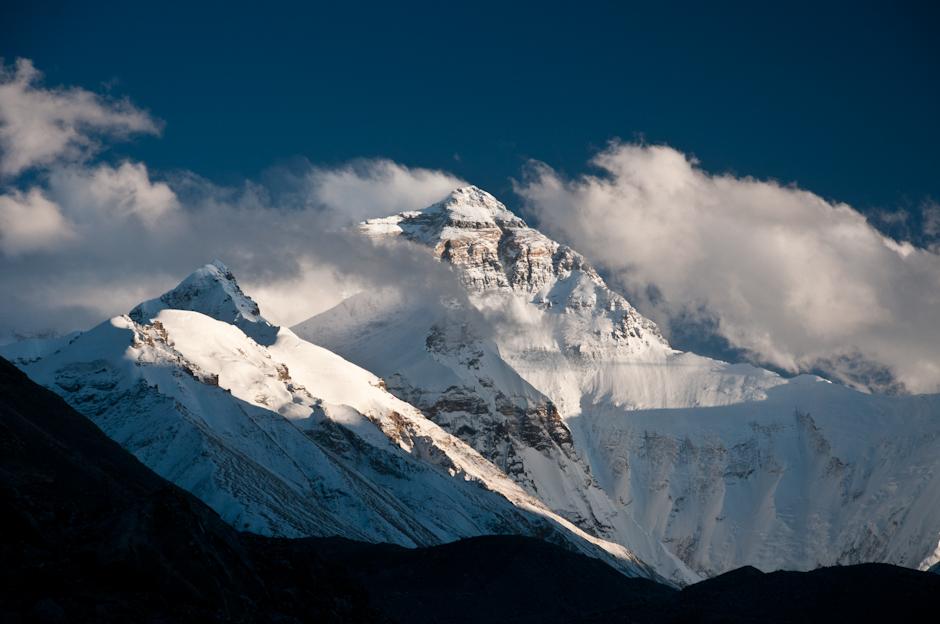 Widok na Mount Everest od strony tybetańskiej