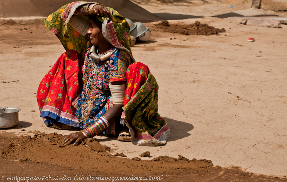 Codzienne obowiązki kobiety z Indii