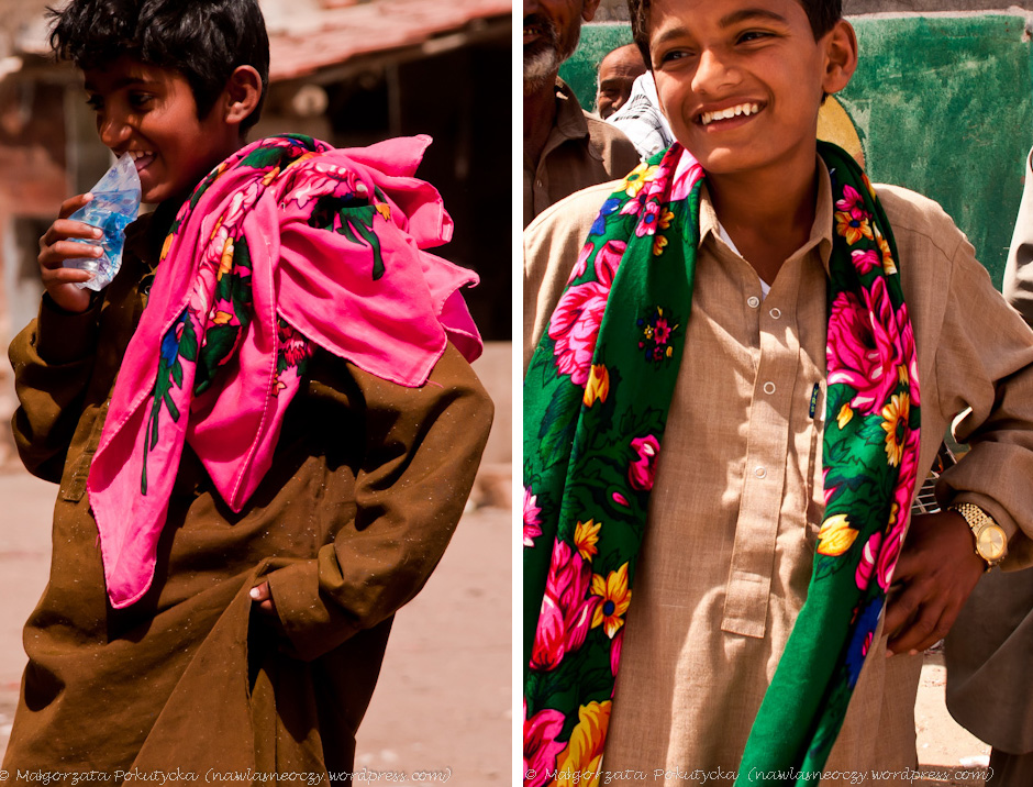 Kolorowe stroje hinduskie