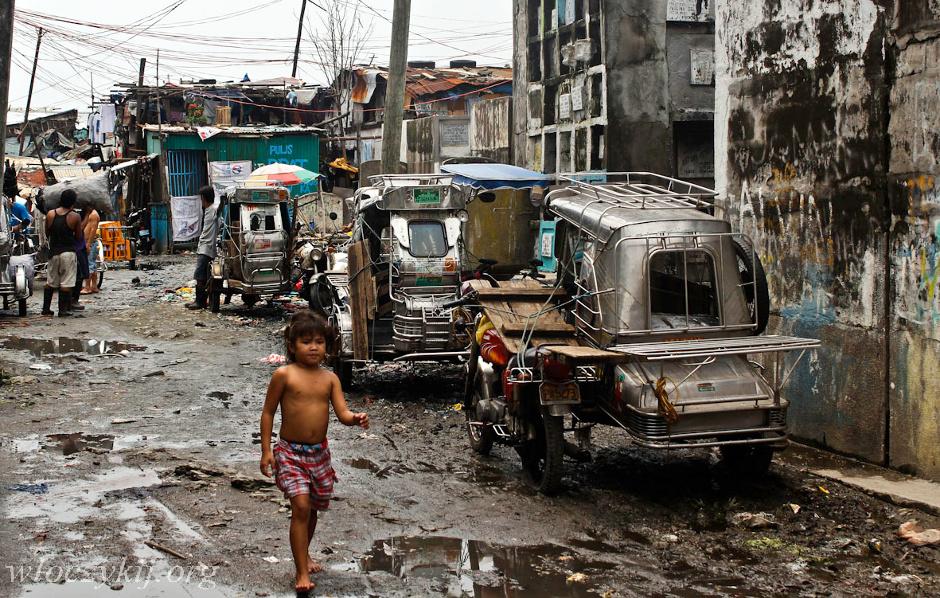 Slum houses shanty house slums forward http www peron4 pl wp content