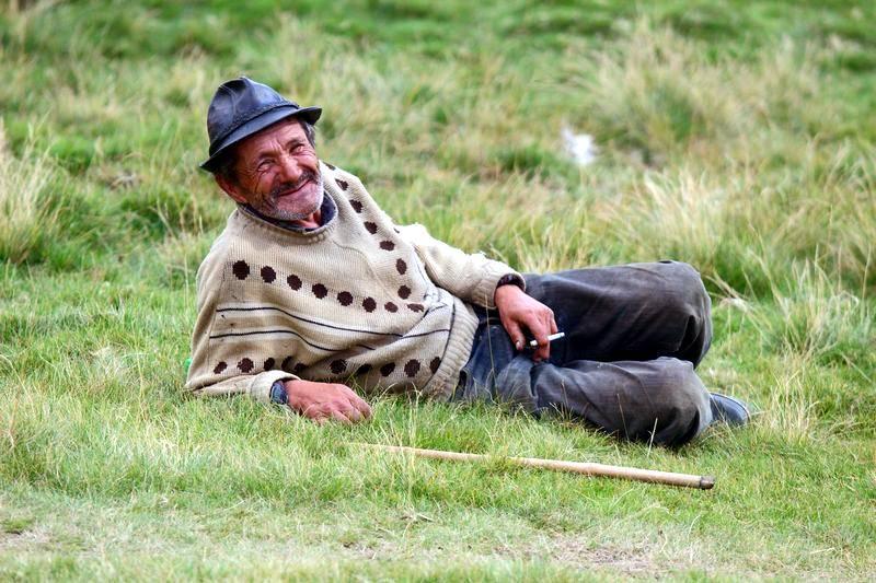 Karpaty - zdjęcie pasterza z Rumunii