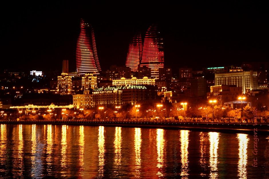 Noc w Baku - zdjęcia z podróży
