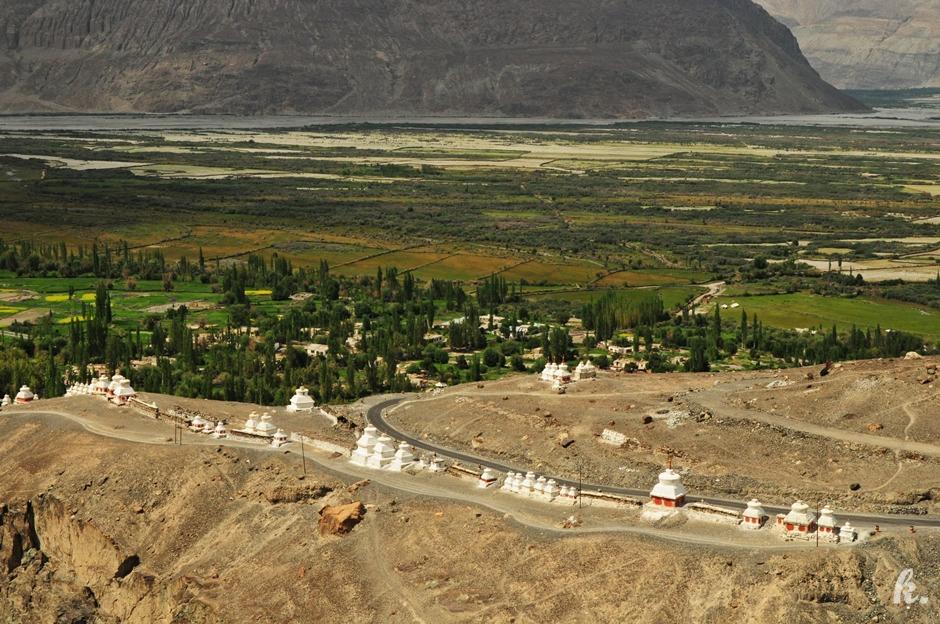 Buddyjskie stupy w Ladakhu - zdjęcia z podróży do Indii