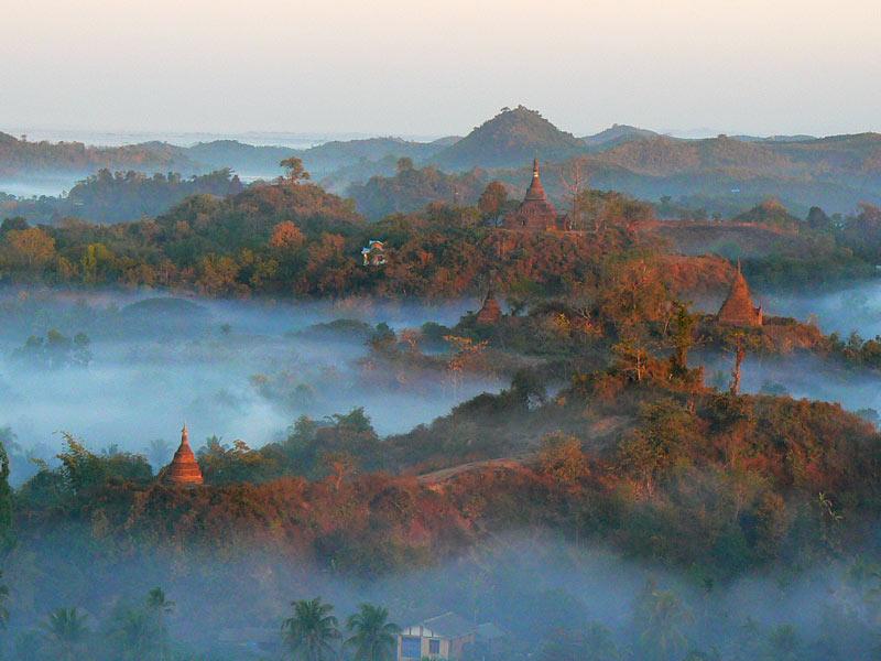 Mrauk-U - atrakcje turystyczne Birmy