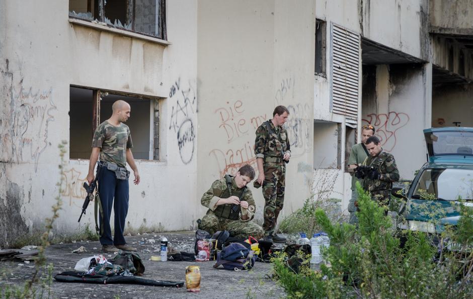 Paintball w ruinach hotelu - zdjęcia z Chorwacji
