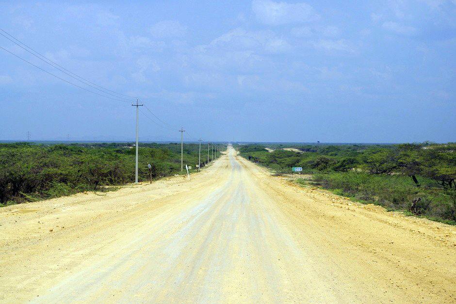Prosta jak drut droga przez północna Kolumbię