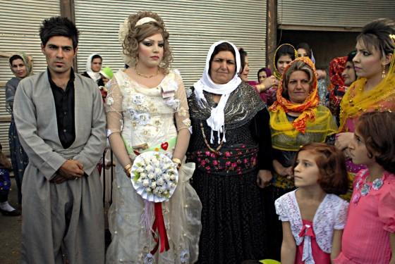 Iracki Kurdystan - papa młoda - foto
