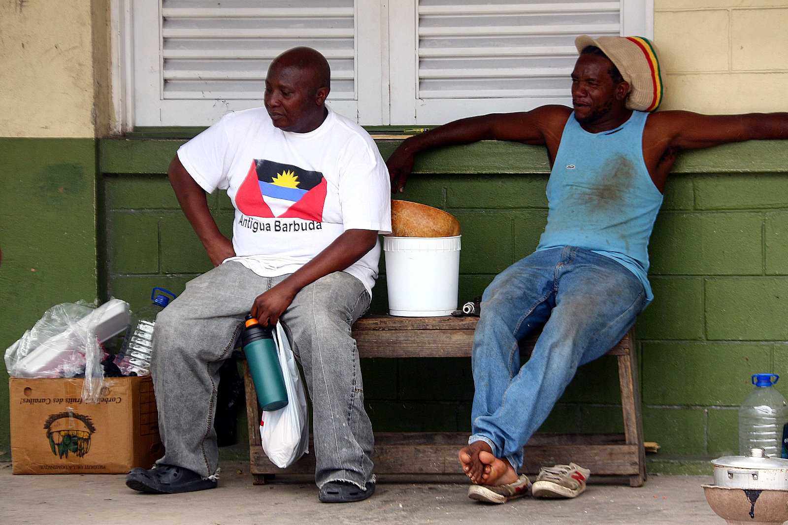 Antigua i Barbuda, czarni potomkowie niewolników, mieszkańcy St. John's