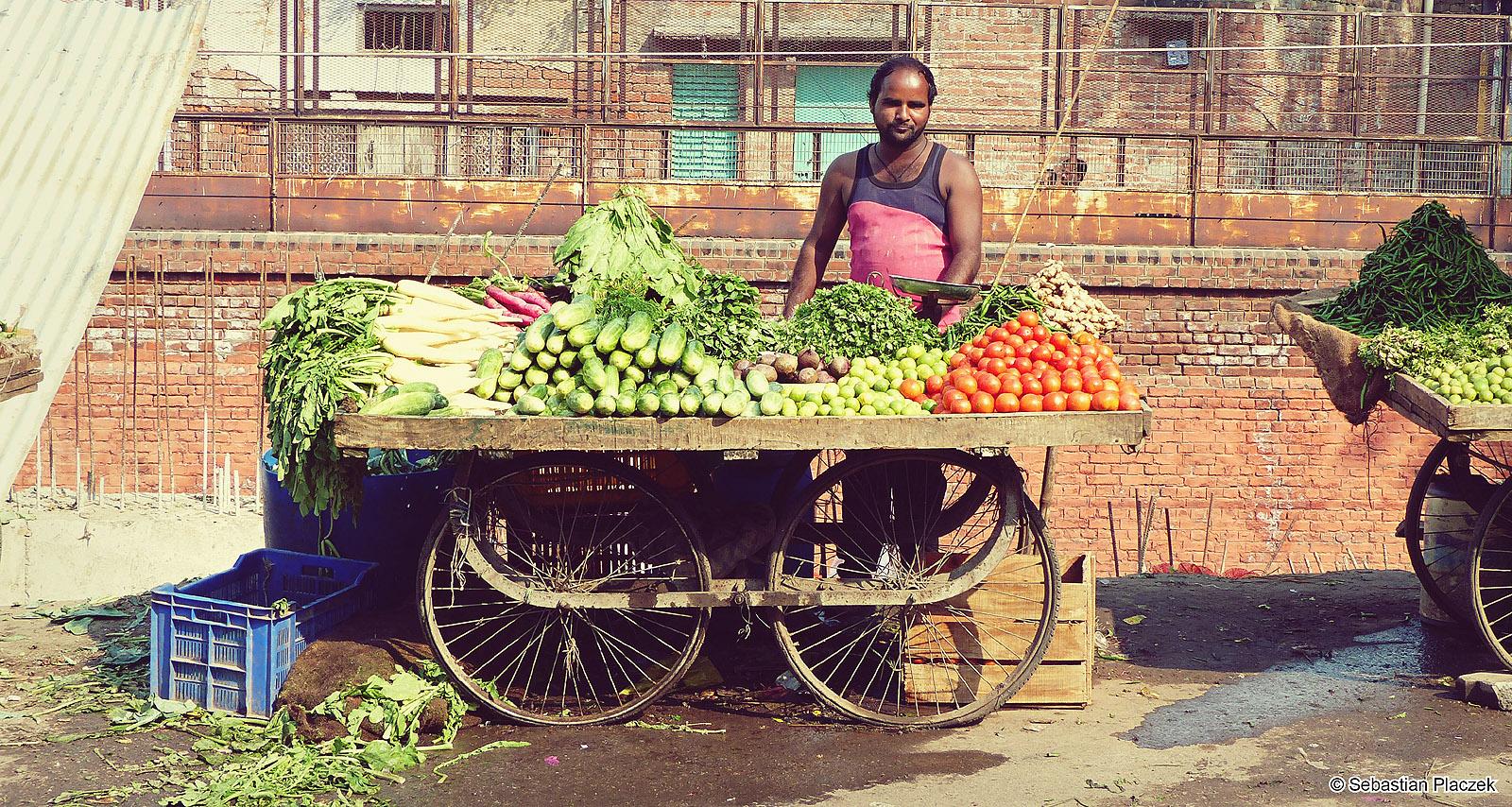 Indie, stragan z jedzeniem. Zdjęcia z podróży - Sebastian Placzek
