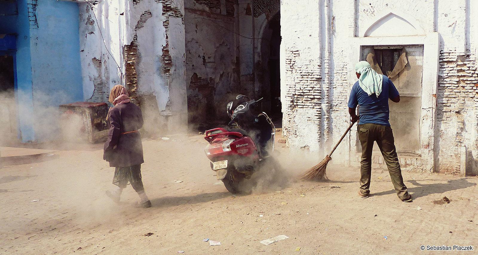 Indie, ulice Lucknow - zdjęcia z podróży