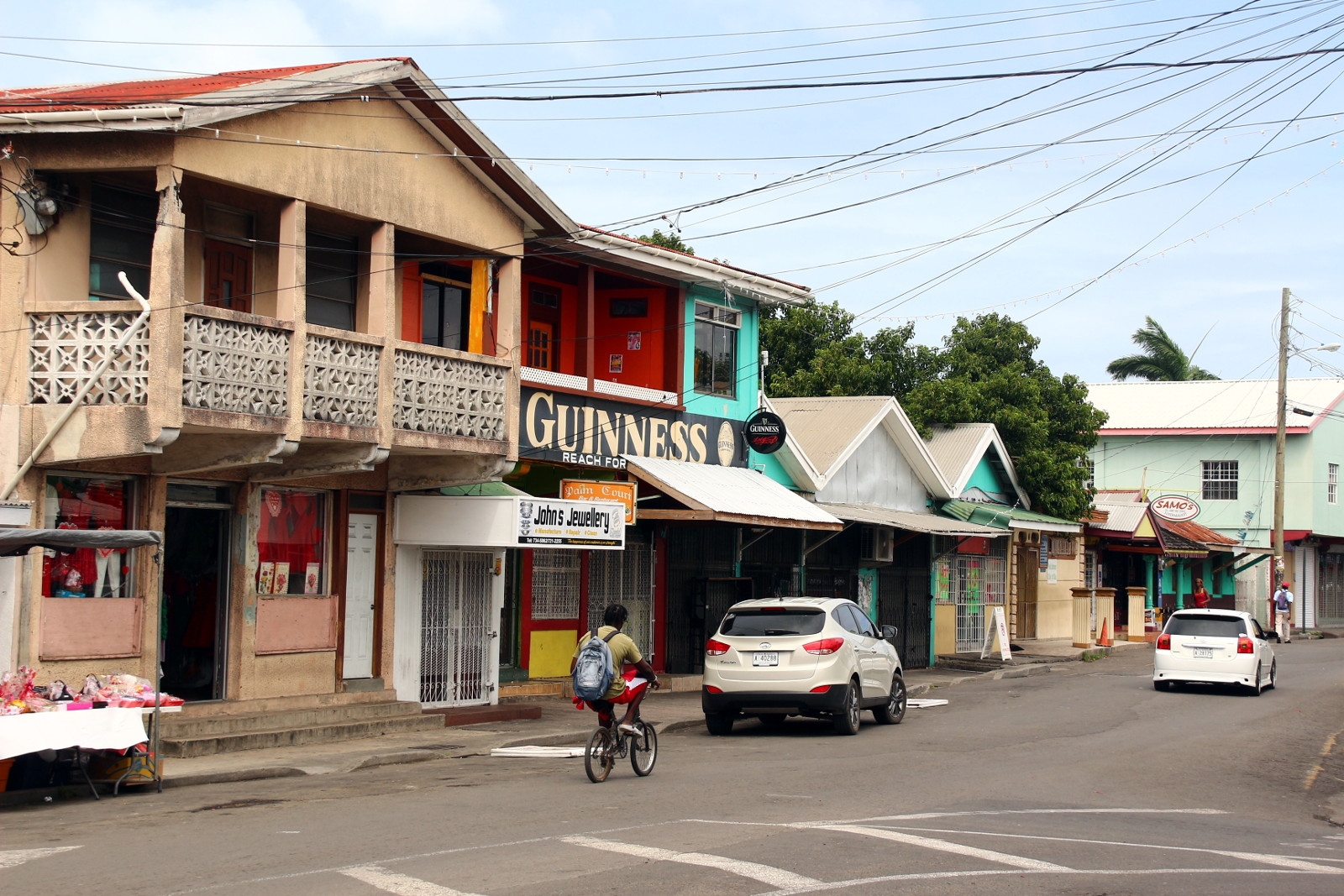 Antigua i Barbuda, była brytyjska kolonia. Ulica w St. John's